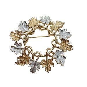 Sarah Coventry Brooch Leaf Wreath Silver Gold Tone